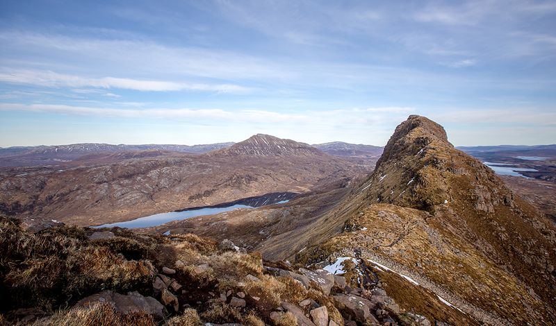 Suilven-trail-runner